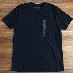 NWT Banana Republic premium Pima cotton T Shirt